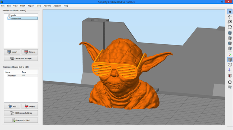 Simplify3D - transform gizmo with Star Wars sunglasses Yoga model